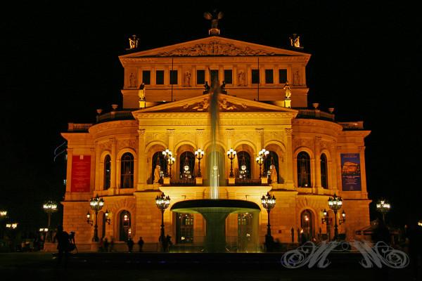 Alte Oper Frankfurt bei Nacht (2013)
